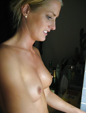 Housewife Pussy Porn Pics