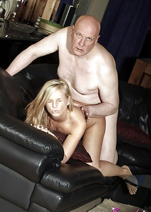 Teen and Oldman Porn Pics