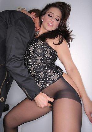 Pussy Fingering Porn Pics