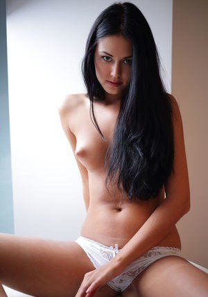 Nude Girls Porn Pics
