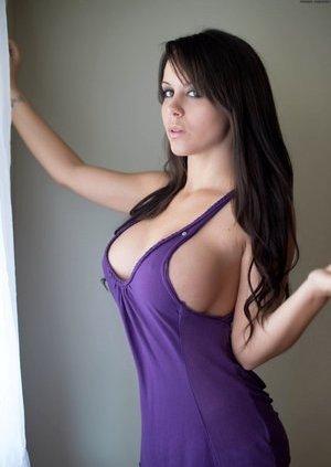 Busty Porn Pics