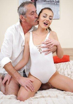 Oldman Porn Pics