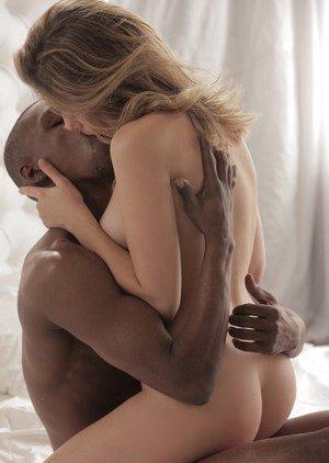 Interracial Porn Pics