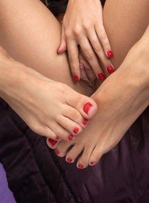 Feet Porn Pics